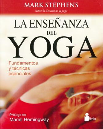 Teaching Yoga in Spanish book cover
